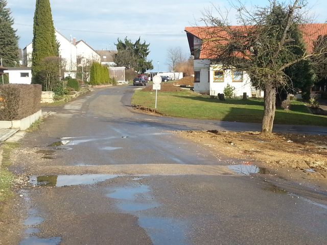 Nürtinger Straße 1