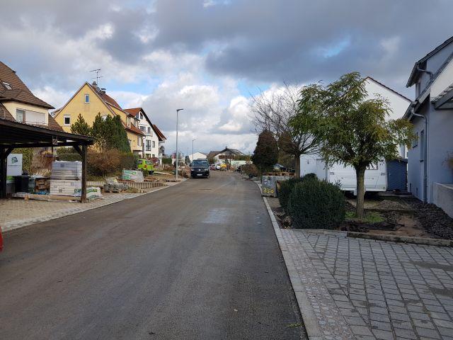 Aicher Straße mit Endbelag_a