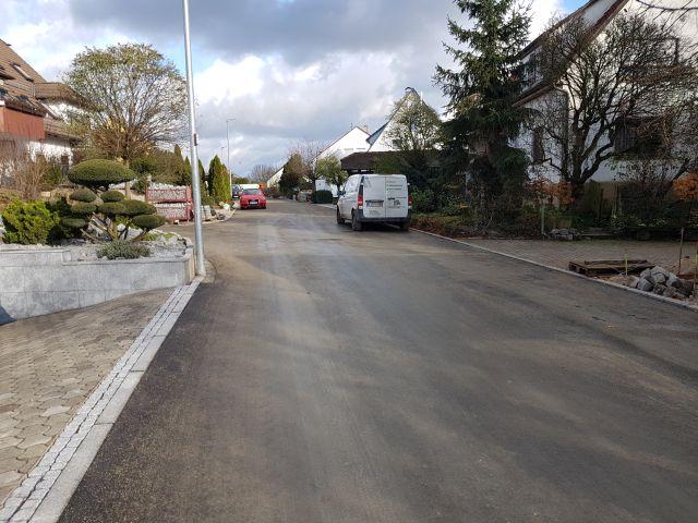 Aicher Straße mit Endbelag_b